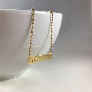 🛍 Handmade Horizontal Gold Pendant Necklace